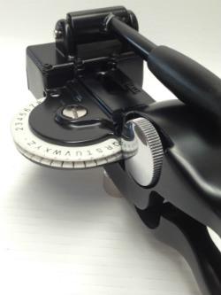 Metal Tapewriter Portable Embosser Rhino 1011 Dymo M11