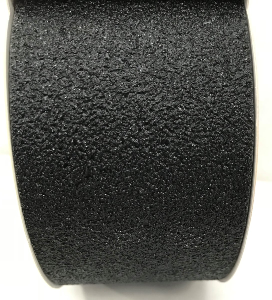 3M 600 Series Safety Walk Tape - Close Up